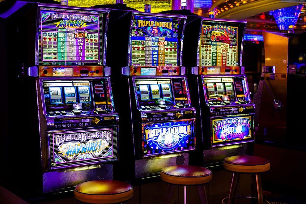 Азартные игры слот автоматы скачать бесплатно список казино онлайн на рубли с